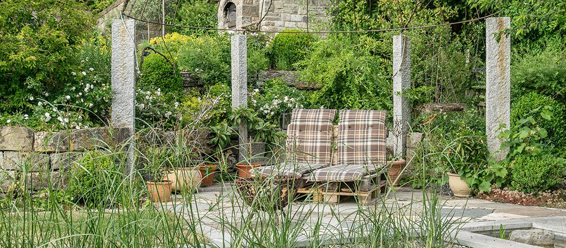 Sommer Garten mit Lieblingsplatz